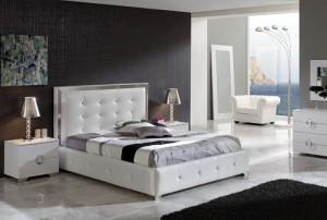 Купить спальню. Белая мебель для спальни
